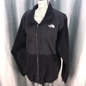 The North Face Denali jacket with many pockets L